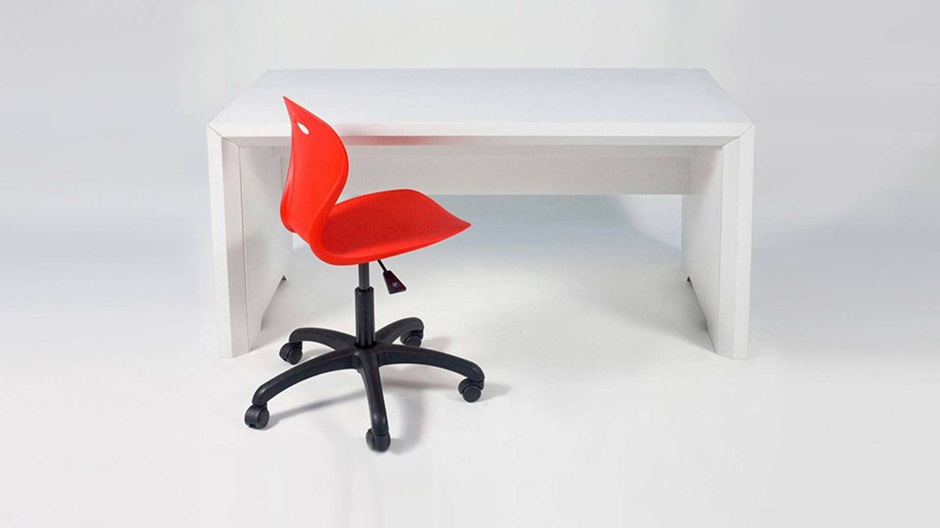Flute desk liqui design for Design consultancy uk